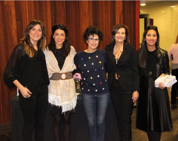 Parte del equipo de María D'uol con Ana García Caraballos.