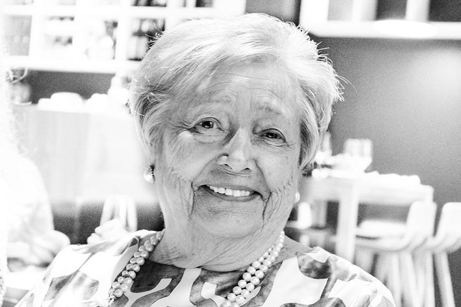 Carmen Olazar